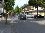 Bild 1: Die Reichsstraße in Altenstadt soll zur Tempo-30-Zone umgebaut werden.