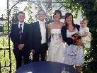 Das Paar mit den Trauzeugen und Töchterchen Lavinia Rosa