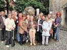 Die SeniorInnen fanden bei der Stadtführung mit Stadtführerin  Margaret Widerin erlebbare Geschichte