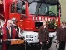 Pfarrer Georg Meusburger bat um Gottes Segen für die beiden neuen Fahrzeuge
