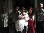 Tabea Valentina  Bahro erhielt das Sakrament der Taufe in der Pfarrkirche Ludesch
