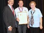 VBK-Feldkirch Mitglied Peter Krämer erhielt von der UICR die Goldmedaille überreicht.