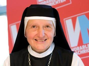 Äbtissin Hildegard Brehm gibt einen Kurs zum Beten lernen