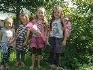 v.l. Mia, Leonie, Lea & Antonia aus Altach freuen sich auf den ersten Schultag!