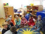 """Bei """"Kunst und Kompass"""" gehen die Kinder auf kreative Reise zur eigenen Seele."""