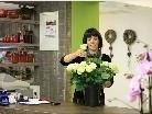 Blumenfee Petra in ihrem neu eröffneten Geschäft