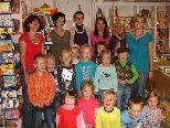 Der Kindergarten zu Besuch in der Pfarrbücherei