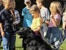 Die Mitglieder des CFHF Bregenzerwald freuten sich über den Besuch der kleinen Hundefreunde aus Müselbach.