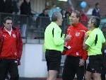 Dornbirn-Coach Armand Benneker mit den schwachen Unparteiischen.