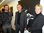 Künstler Alfons Pressnitz,  Kurator Lucas Gehrmann und Galeristin Andrea Romagna
