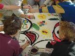 Kunst und Kompass bietet verschiedene kreative Ausdrucksmöglichkeiten für Kinder.