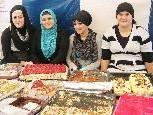 Nachspeisenbuffet mit türkischen und österreichischen Süßigkeiten.
