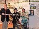 Thomas, Claudia und Priska aus Bürs interessierten sich für historische Feuerwehrgeräte