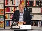 """Christian Mähr präsentierte seinen neuen Roman """"Karlitos Reich""""."""