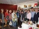 Das Team des Weltladens freut sich im neuen Geschäft auch über viele neue Kunden.