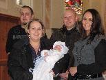David Loretz  wurde am 13. 11. von Pfarrer Alfons Lercher getauft