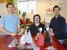 Die fleißigen Künstler  freuen sich auf viele Besucher bei der Weihnachtsausstellung.