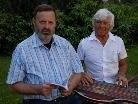 Erfolgreiche Lesung von Manfred Strolz (links), musikalisch begleitet von Helmuth Seidl.