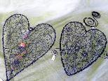 Herzen aus Draht