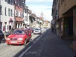 In der Hohenemser Marktstraße ist viel los - zumindest was den Verkehr betrifft.