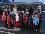 Der Nikolaus beschenkte die braven Kinder