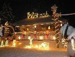 Die Adventlandschaft der Familie Wieland wirkt bei Schnee noch viel magischer