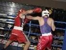 Karän Bagdasaryan (rechts) feierte in seinem ersten Kampf seinen ersten Sieg.