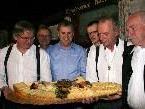 """""""Alles Käse"""" war nur beim großen Pausenbuffet in der Alberschwender """"Taube"""" das Motto, ansonsten war das Programm alles andere als Käse."""