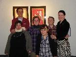 Das Galeristenpaar Ursula und Florian Werner mit den Künstlern der Lebenshilfe Vorarlberg Lucia Sandholzer, Melanie Jäger, Helga Nagel und Alfred Gmeiner