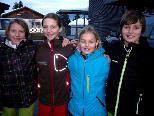 Lara, Anna, Lea und Manuel waren u.a. beim Skifahren mit dabei.