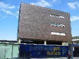 Parkhaus am Hafen