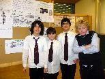 Sebastian, Marco, Aziz und Lukas stehen für alle Fragen rund um Ägypten bereit