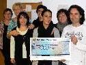 Spendenübergabe der Frauenbewegung Bings - Stallehr - Radin an Joe Fritsche