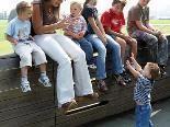 Ankerfamilien für Betreuung benachteiligter Kinder