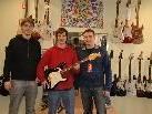 """v.l. Thomas Jäger, Benny Elsensohn & Jürgen Längle bieten im neuen Geschäft bei """"Musik Paul"""" das volle Instrumentesortiment und umfangreiches Zubehör. (Nicht auf dem Bild: Pepe Madlener & Julian Nachbauer)"""