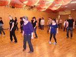 Ab 6. Mai dürfen im Oberdorfer Pfarrheim wieder die Beine zu Line Dance geschwungen werden.