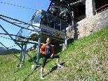 Am Kristberg stählt Ralf Schroeder vom Berglauf Team Sparkasse Bludenz seine Muskeln und tankt Kondition für die Laufsaison 2011