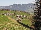 Blick auf Gurtis, das kleine Bergdorf auf der Sonnenterasse des Walgaus (904m)