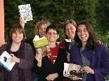 Das Literaturhaus-Team freut sich auf viele Bücherfreunde.