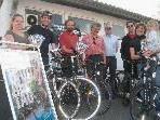 """Der Umweltausschuss der Gemeinde macht """"Werbung"""" für den Umstieg auf´s Fahrrad."""