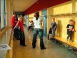 In den Gängen der Mittelschule Ost warteten dutzende Eltern mit ihrem Nachwuchs beim zweiten Sprechtag in diesem Schuljahr