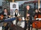 """Jazz mit """"JOYSpring"""" im Badehaus am Lochauer Kaiserstrand."""