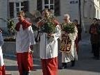 Nach der Palmweihe bei der Mittelschule Schruns-Dorf zogen die Gläubigen, gemeinsam mit Pfarrer Herbert Böhler, zur Pfarrkirche St. Jodok.