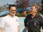 Reinhard Jussel übergibt nach 38 Jahren seinen Bademeisterjob an Oliver Tschabrun.