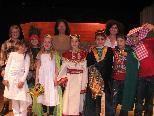 """""""Rumpelstilzchen"""" - die Lochauer Volksschüler laden zu einem englischen Theaterabend."""