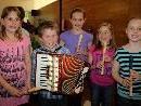 """""""Unsere jüngsten Künstler spielen für Sie"""", so das Motto beim Zwergerl-Konzert in Lochau."""