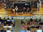 Carlos Peralta, Carlos und Guillermo Tejada und Carlos Boldori  spielten Rhythmen aus Südamerika