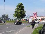 Der Kreisverkehr beim Hornbach soll demnächst mit Stühlen vom Homunculus aufgewertet werden.