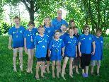 Die 11 Schwimmer/innen des Scul.li mit ihrem Trainer Werner Kernbeiss