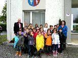 Die SchülerInnen der 3a Klasse der VS Meiningen besuchten das Gemeindeamt und bekamen Antworten auf ihr Fragen von Bgm. Thomas Pinter.